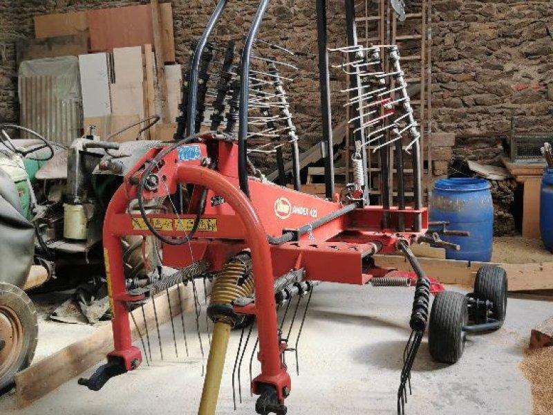 Schwader del tipo Vicon Andex 423, Gebrauchtmaschine en ST MARTIN EN HAUT (Imagen 1)