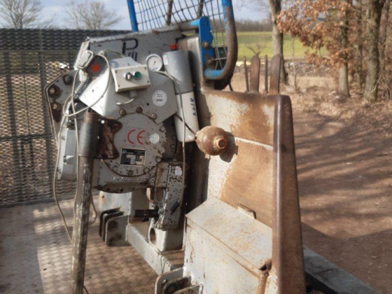 Seilwinde des Typs Pfanzelt DW 0106, Gebrauchtmaschine in Stegaurach (Bild 1)