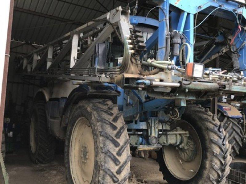 Selbstfahrspritze des Typs Matrot MAESTRIA 17.39, Gebrauchtmaschine in MORMANT (Bild 1)