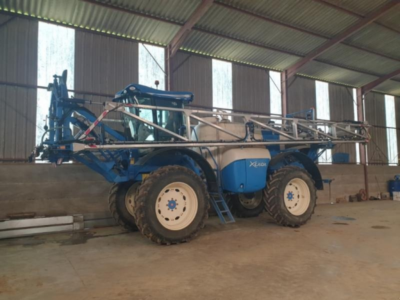 Selbstfahrspritze tip Matrot XENON, Gebrauchtmaschine in Bray En Val (Poză 1)
