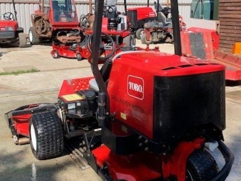 Sichelmäher des Typs Toro Groundsmaster 3500D, Gebrauchtmaschine in Weidenbach (Bild 4)