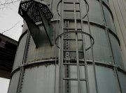 Silo des Typs Gruber Trichtersilos, Gebrauchtmaschine in Hillesheim