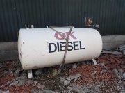 Silo типа Sonstige 2500 liter dieseltank  med pumpe, Gebrauchtmaschine в Egtved