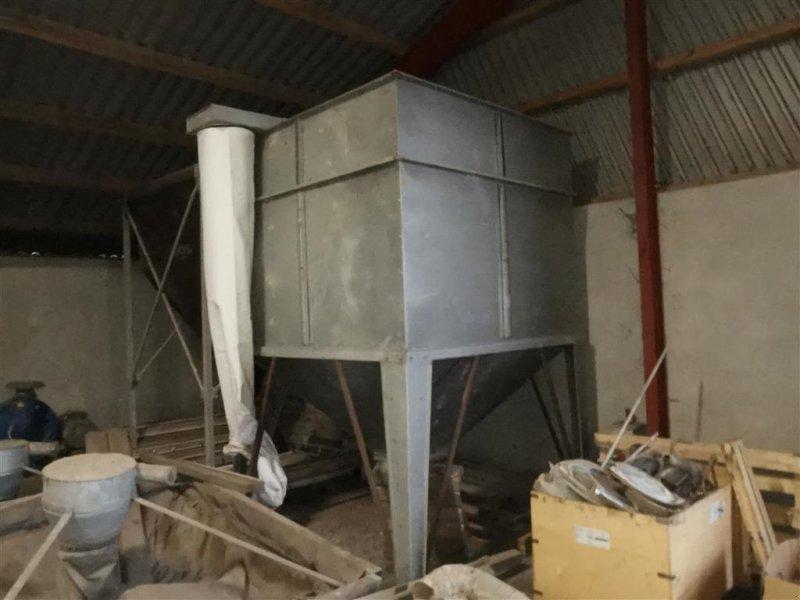 Silo des Typs Sonstige Inddøres silo 2 x 2 meter, Gebrauchtmaschine in Egtved (Bild 1)
