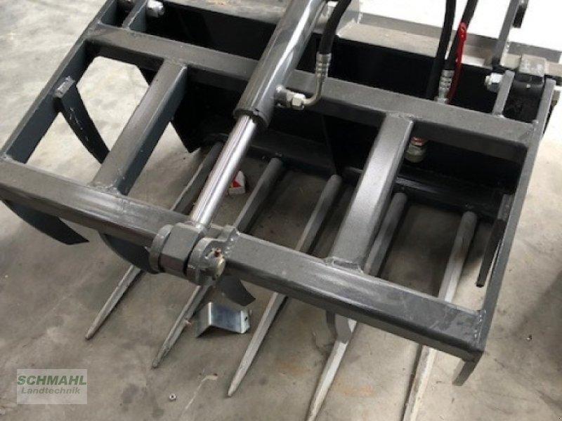 Siloentnahmegerät & Verteilgerät des Typs Schäffer Dung- und Silagezange 900, Gebrauchtmaschine in Upahl (Bild 1)