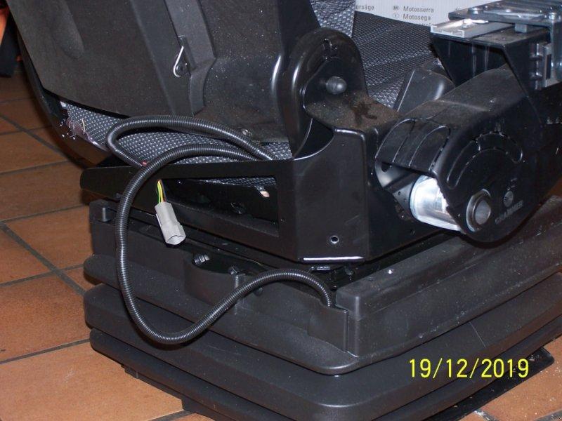 Sitz des Typs Fendt Super Komfort-Sitz luftgefedert, Gebrauchtmaschine in Murnau (Bild 2)