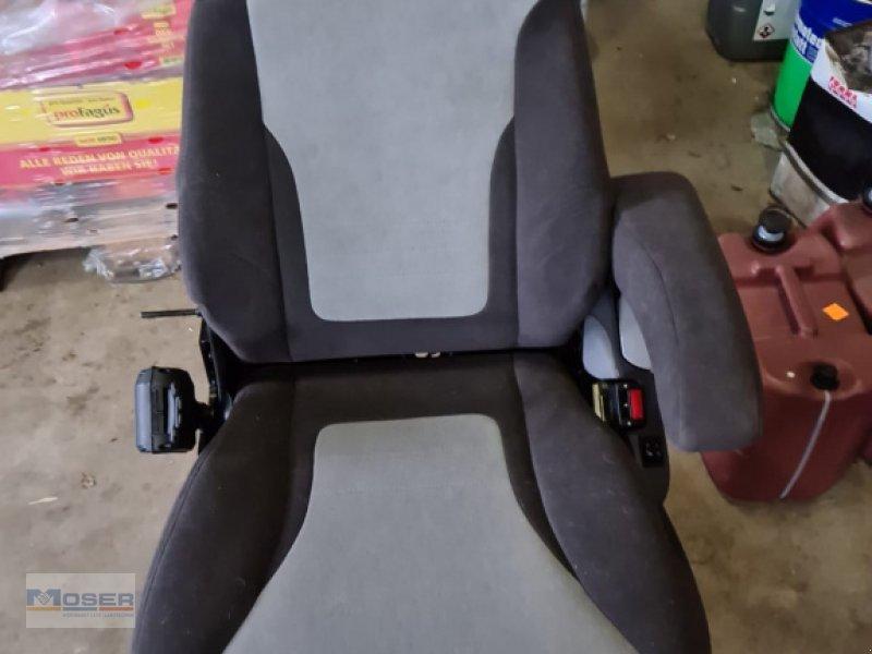 Sitz типа Grammer MSG 95, Neumaschine в Massing (Фотография 1)