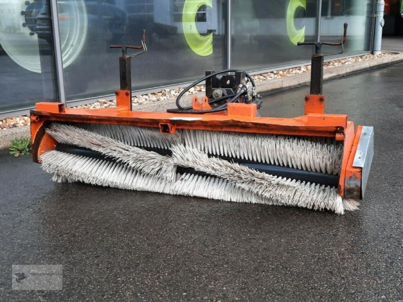 Sonstige Bagger & Lader des Typs Kersten FKM 1500 Frontkehrbesen Kehrmaschine, Gebrauchtmaschine in Gevelsberg (Bild 1)