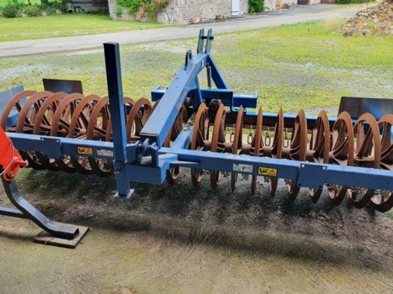 Sonstige Bodenbearbeitungsgeräte типа Cochet discotass 3m, Gebrauchtmaschine в DOMFRONT (Фотография 1)