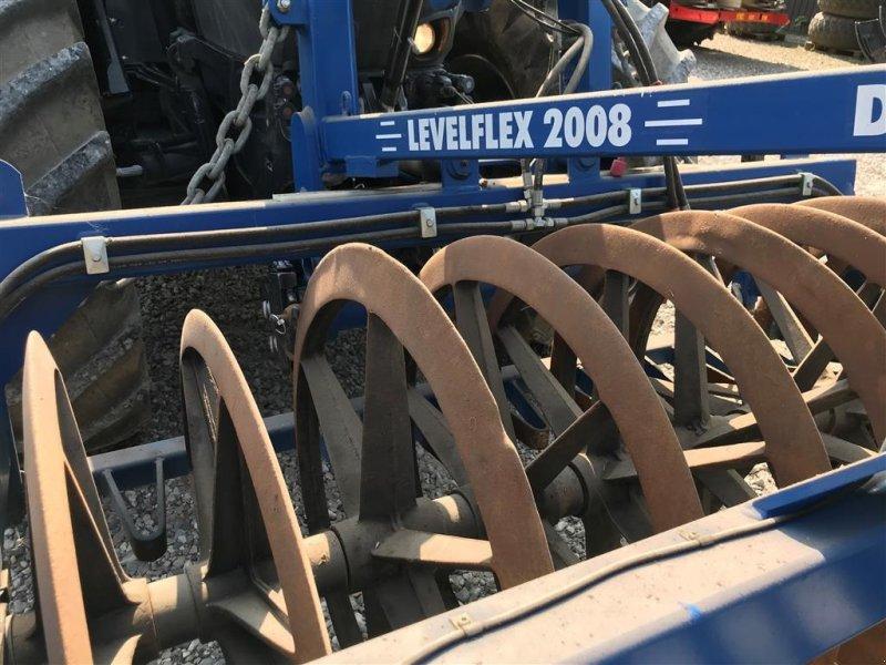 Sonstige Bodenbearbeitungsgeräte des Typs Dalbo Levelflex 2008 400 X 90/80, Gebrauchtmaschine in Glamsbjerg (Bild 1)