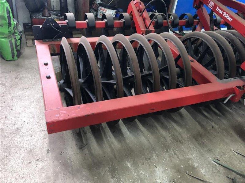 Sonstige Bodenbearbeitungsgeräte tipa HE-VA 4 m frontpakker Med Lamelplanke, Gebrauchtmaschine u Ringe (Slika 3)
