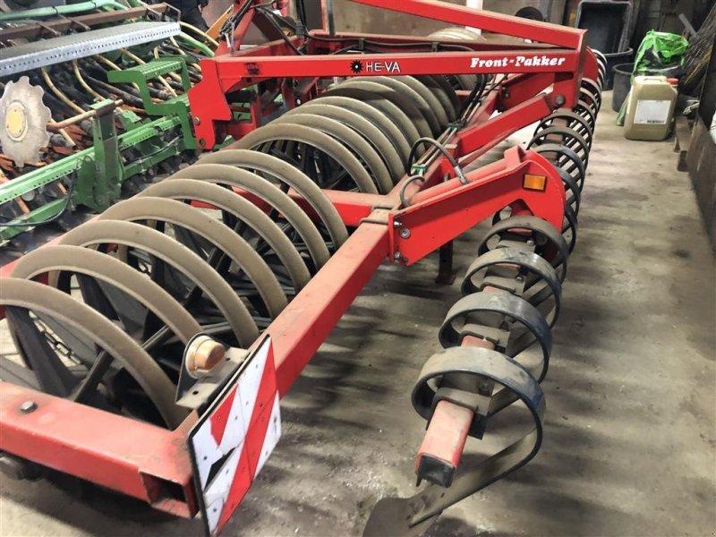 Sonstige Bodenbearbeitungsgeräte tipa HE-VA 4 m frontpakker Med Lamelplanke, Gebrauchtmaschine u Ringe (Slika 1)