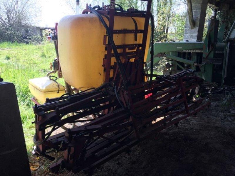 Sonstige Düngung & Pflanzenschutztechnik типа Hardi MASTER 800, Gebrauchtmaschine в SAVIGNEUX (Фотография 4)
