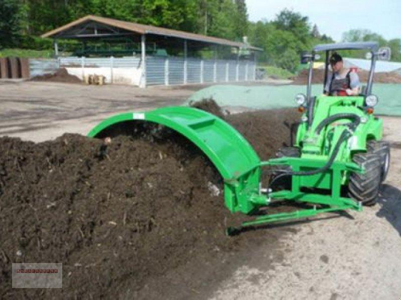 Sonstige Düngung & Pflanzenschutztechnik des Typs Sonstige TG 201 Kompostwender für Hoflader, Gebrauchtmaschine in Tarsdorf (Bild 1)