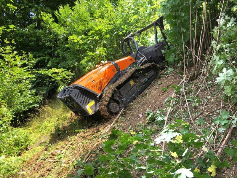Sonstige Forsttechnik типа Sonstige RoboMAX | ferngesteuerte Mulchraupe | 75PS, Gebrauchtmaschine в Krustetten (Фотография 1)
