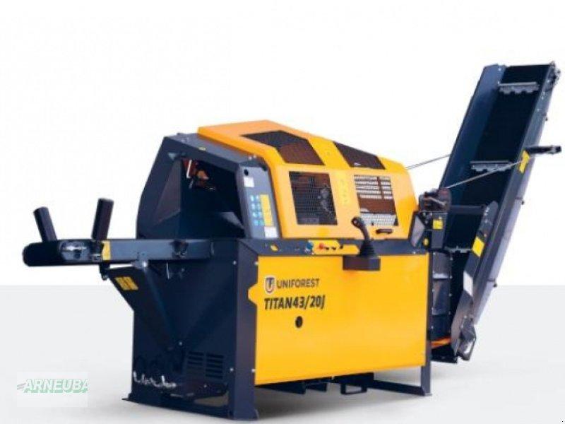 Sonstige Forsttechnik des Typs Uniforest Titan 43/20 J, Neumaschine in Schlettau (Bild 1)