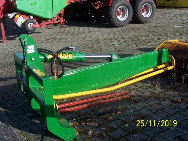 Sonstige Fütterungstechnik типа McHale BS Transport- Siloballenschneider, Gebrauchtmaschine в Murnau (Фотография 1)