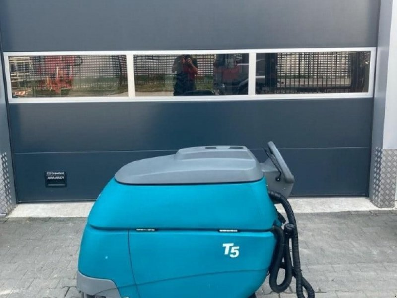 Sonstige Gartentechnik & Kommunaltechnik типа Tennant T5, Gebrauchtmaschine в WIJCHEN (Фотография 1)