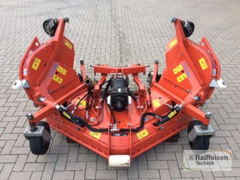 Sonstige Gartentechnik & Kommunaltechnik типа Wiedenmann Frontsichelmähwerk RMR230 V-T, Vorführmaschine в Beedenbostel (Фотография 1)