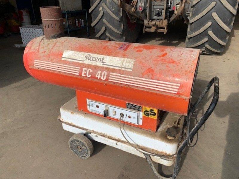 Sonstige Getreidelagertechnik типа Sonstige EC 40 oliebrænder m/skorsten(overgemt) men virker., Gebrauchtmaschine в Sakskøbing (Фотография 1)
