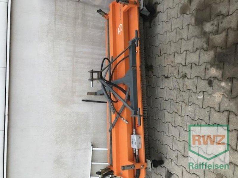 Sonstige Hoftechnik des Typs Bema Kehrmaschine 20-2300, Gebrauchtmaschine in Alsfeld (Bild 3)