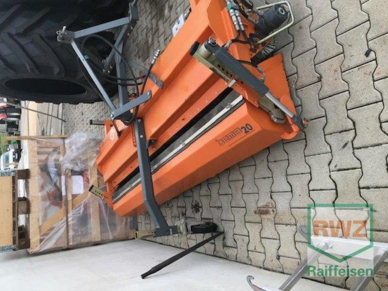 Sonstige Hoftechnik des Typs Bema Kehrmaschine 20-2300, Gebrauchtmaschine in Alsfeld (Bild 2)