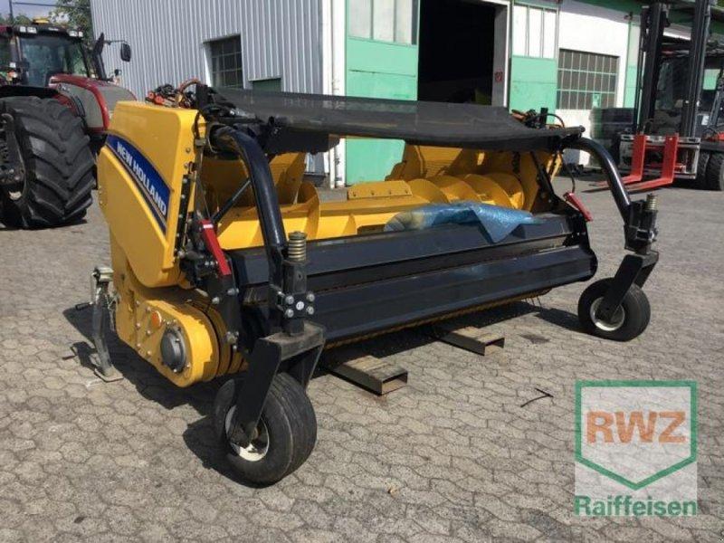 Sonstige Hoftechnik des Typs New Holland 273 Pick Up 3,00 m, Neumaschine in Kruft (Bild 1)