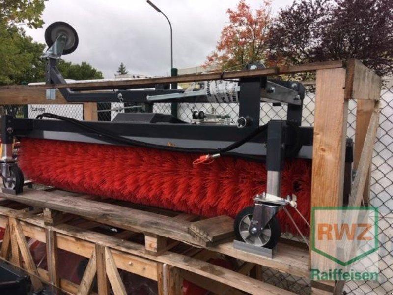 Sonstige Hoftechnik des Typs Saphir Kehrmaschine, Neumaschine in Wittlich (Bild 1)