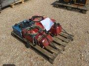 Sonstige Qty Of 4 Electric Welder egyéb majori gépek