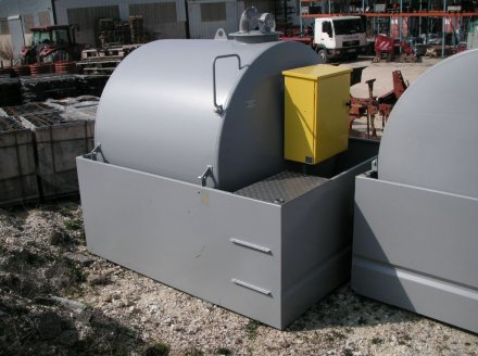 Sonstige Hoftechnik типа TECHMAGRI PROMO Cuve carburant GNR,5000L, Gebrauchtmaschine в AMANCE (Фотография 2)