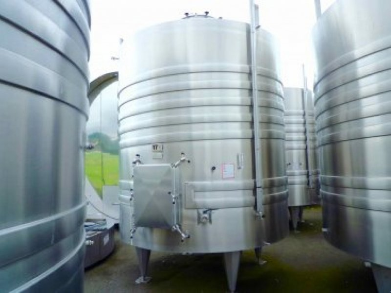 Sonstige Obsttechnik & Weinbautechnik a típus Sonstige Cuve inox de vinification - Fond plat incliné sur, Gebrauchtmaschine ekkor:  (Kép 1)