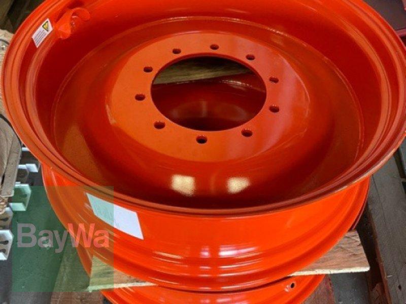 Sonstige Räder & Reifen & Felgen des Typs CLAAS Felgen  W 10 x 32, Neumaschine in Fürth (Bild 1)