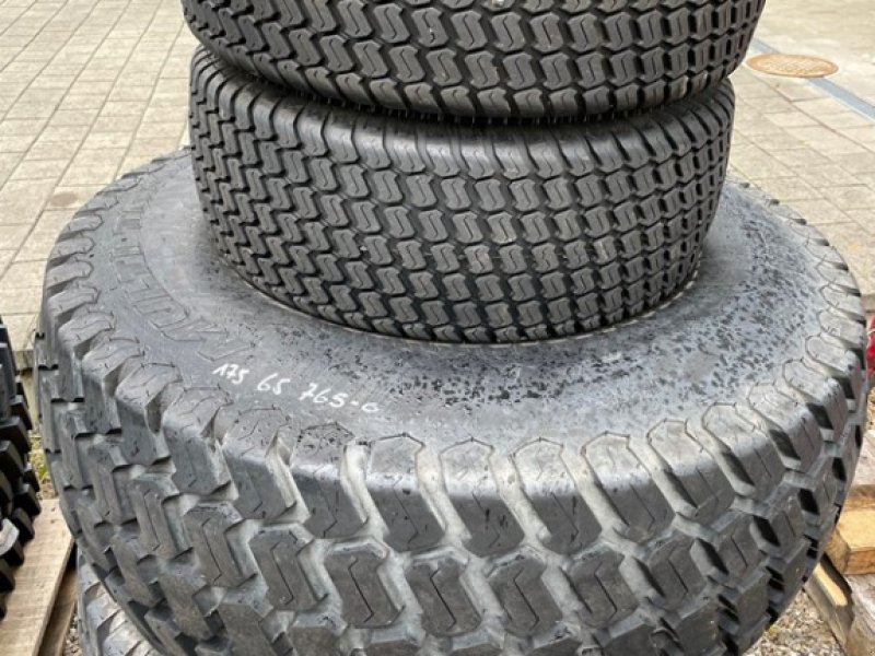 Sonstige Räder & Reifen & Felgen типа New Holland Boomer, Neumaschine в Wilchingen (Фотография 1)