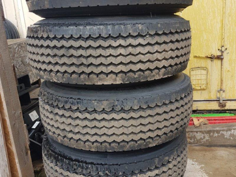 Sonstige Räder & Reifen & Felgen des Typs Reisch Anhänger, Neumaschine in Lindhorst (Bild 1)