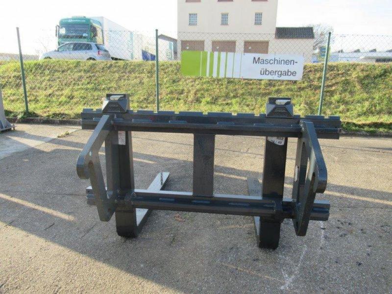 Sonstige Traktoren des Typs Sonstige SAPHIR PALETTENGABEL GP 10/35, Neumaschine in Freystadt (Bild 3)