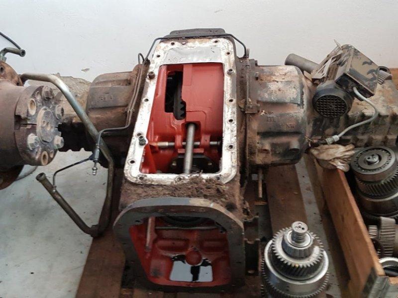 Sonstige Traktorteile typu New Holland TS115, Gebrauchtmaschine v Stankov (Obrázek 1)