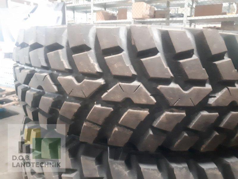 Sonstige Traktorteile des Typs Nokian Kompletträder 400/80R28 TRI2, Neumaschine in Regensburg (Bild 1)
