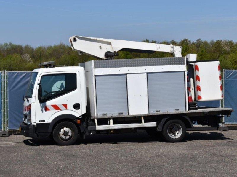 Sonstige Transporttechnik des Typs Nissan Cabstar 35.11, Gebrauchtmaschine in Antwerpen (Bild 1)