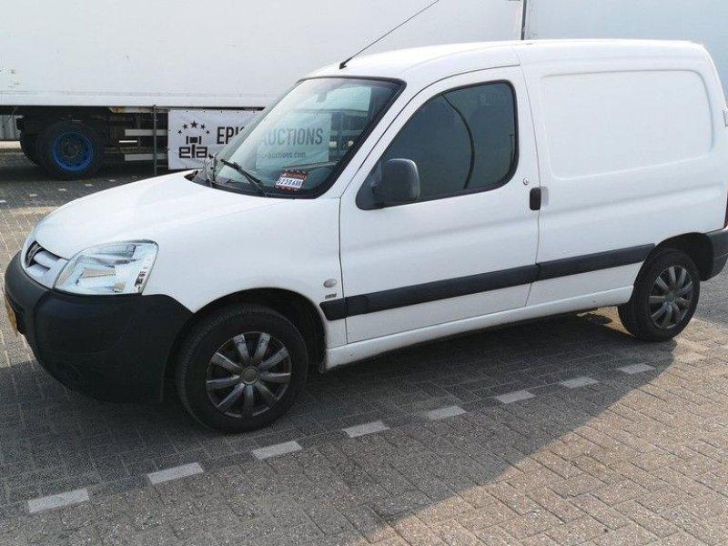 Sonstige Transporttechnik des Typs Peugeot Partner 2.0HDI, Gebrauchtmaschine in Leende (Bild 1)