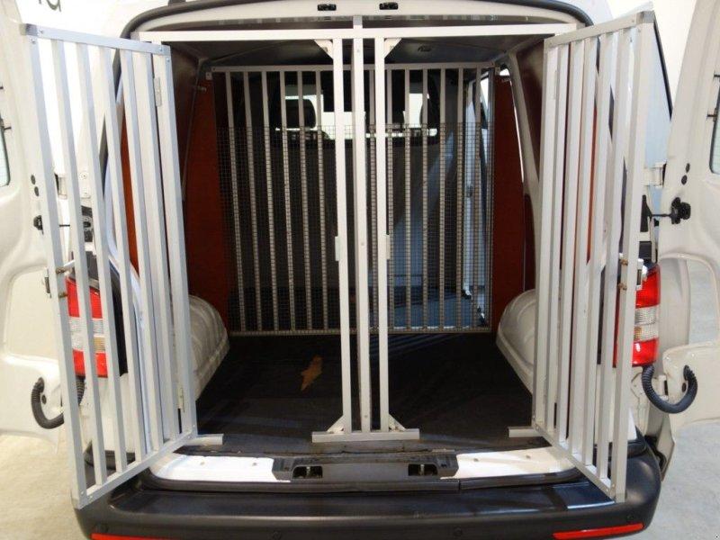 Sonstige Transporttechnik типа Volkswagen Transporter 2.0 TDI L1H1 / Hondentransport / Airco / PDC / 3-Zit, Gebrauchtmaschine в GRONINGEN (Фотография 4)