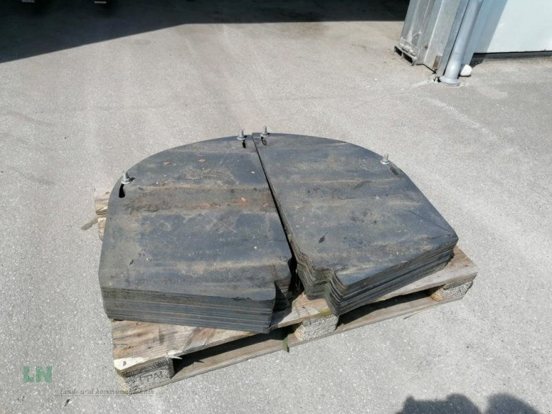 Sonstiges Feldhäckslerzubehör des Typs John Deere 28 Stück Gewichtsplatten HECK, Gebrauchtmaschine in Eggenfelden (Bild 1)