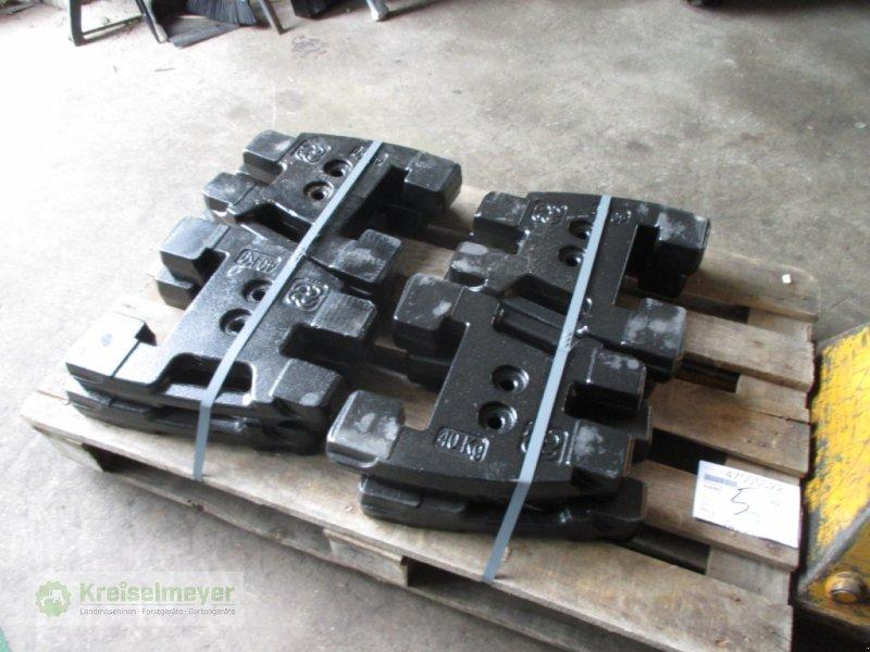 Sonstiges Traktorzubehör des Typs Deutz-Fahr Frontgewicht 40 kg für Keyline-Baureihe, Neumaschine in Feuchtwangen (Bild 1)
