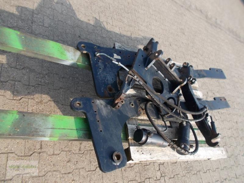 Sonstiges Traktorzubehör типа Deutz-Fahr Fronthydraulik passend zu DEUTZ DX 6.10, 6.30, 6.50 oder 6.61, Gebrauchtmaschine в Leichlingen (Фотография 1)