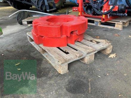 Sonstiges Traktorzubehör des Typs Fendt 2 x 300 Kg Radgewichte, Gebrauchtmaschine in Rottweil (Bild 1)