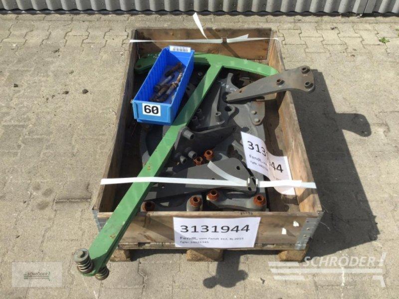 Sonstiges Traktorzubehör des Typs Fendt Frontladeranbauteile zum Fendt, Gebrauchtmaschine in Wildeshausen (Bild 1)