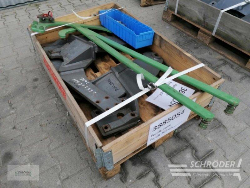 Sonstiges Traktorzubehör des Typs Fendt Frontladeranbauteile zum Fendt, Gebrauchtmaschine in Wildeshausen (Bild 2)
