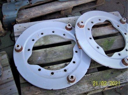 Sonstiges Traktorzubehör du type Fendt Grundplatte für Heck-Räder-Gewichte, Gebrauchtmaschine en Murnau (Photo 2)