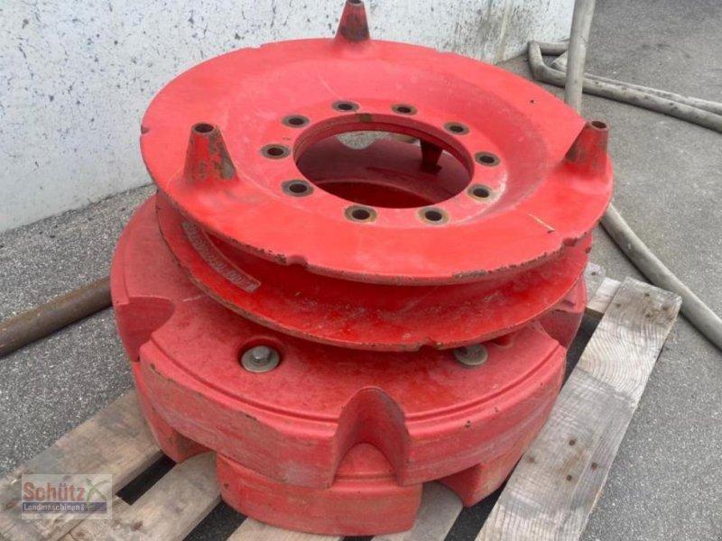 Sonstiges Traktorzubehör des Typs Fendt Radgewichte 600kg 2x300kg mit Anschlußplatten, Gebrauchtmaschine in Schierling (Bild 1)