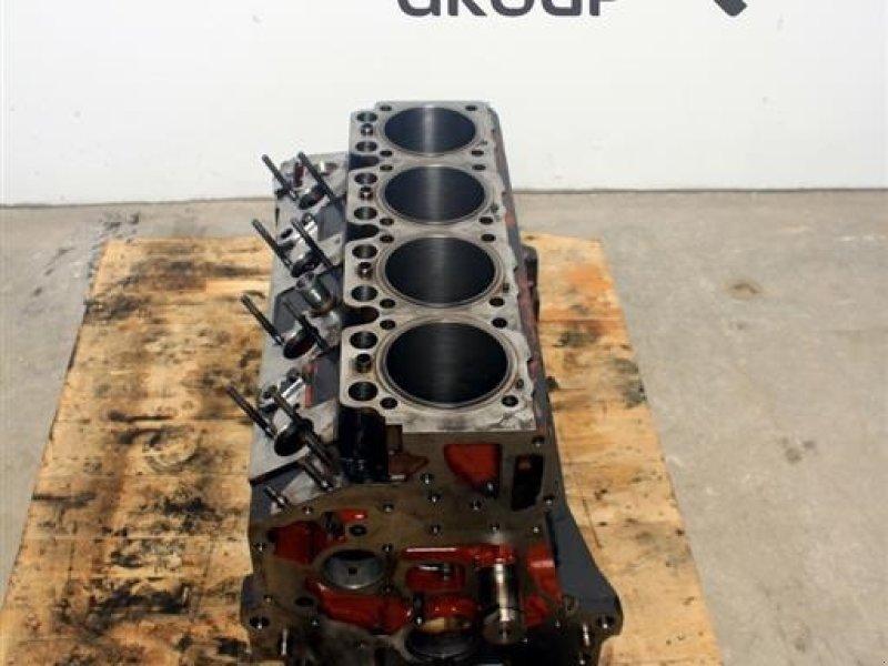 Sonstiges Traktorzubehör типа Hürlimann XT95 Motorblok / Engine Block, Gebrauchtmaschine в Viborg (Фотография 1)