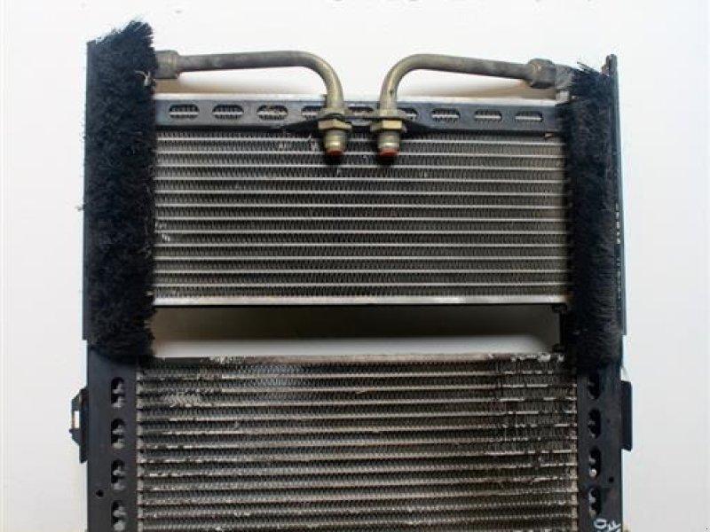 Sonstiges Traktorzubehör a típus Massey Ferguson 8240 Oliekøler / Oil Cooler, Gebrauchtmaschine ekkor: Viborg (Kép 1)